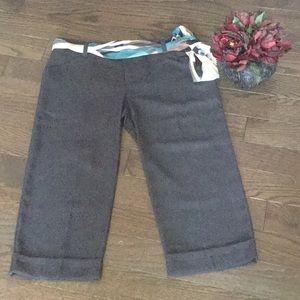 ☘️☘️ Dress Capri pants